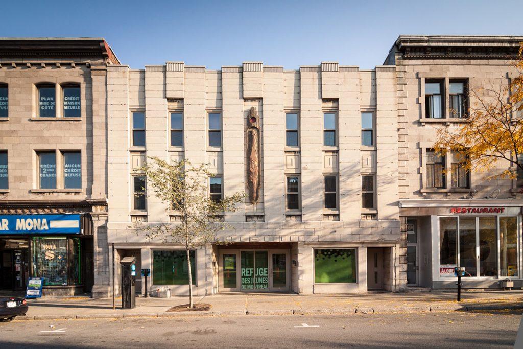 Le refuge des jeunes, Montréal, str. Sainte Catherine (sursa: Rayside / Labossière)
